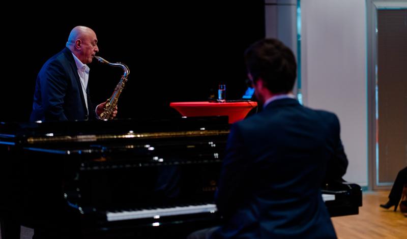 George Pavel am Saxophon, Farid Ziayee am Klavier